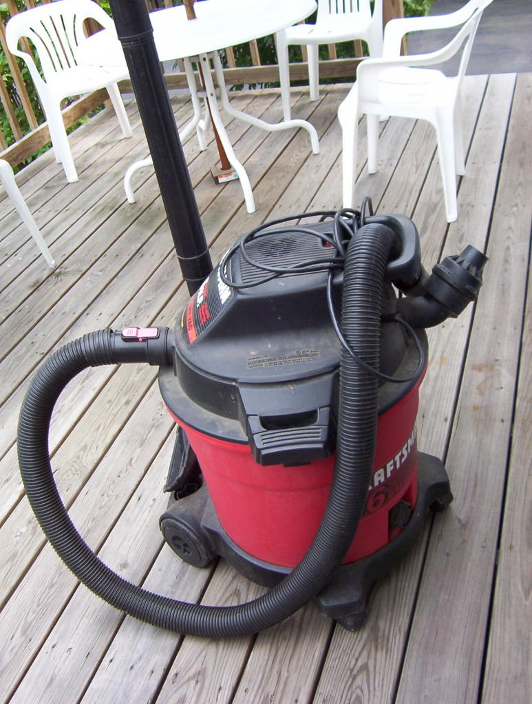 Craftsman_16_Gallon_Wet-Dry_Vac